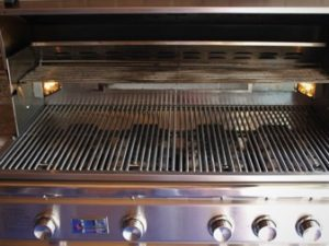 Grill-Cleaning-Myth